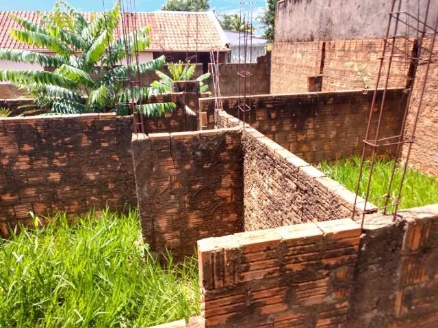 Terreno no Itamaraca 360m² com construção iniciada de 52m² - (67) 99292-9002