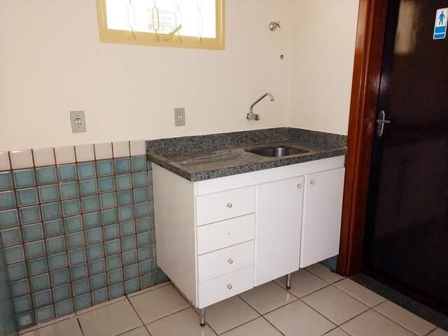 Sala Locação - R. Rui Barbosa – 94,34 m²   (67) 99292-9002