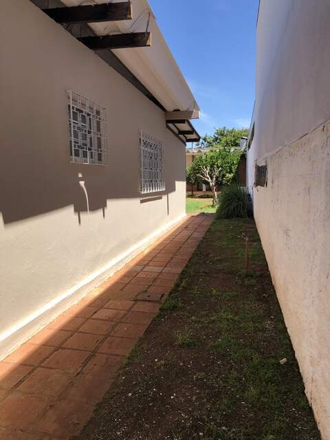 Vendo casa na Vila Alba