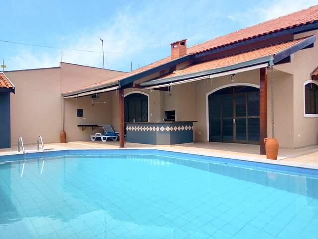Casa no Jd. São Lourenço - 67 9 9292-9002