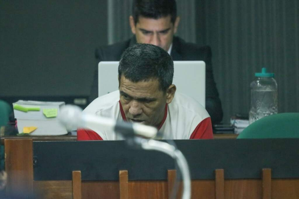 Nando chorou e se estapeou no décimo segundo julgamento. (Foto: Marcos Maluf)