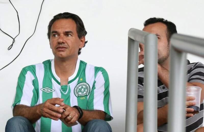 Até o prefeito Marquinhos Trad foi prestigiar o retorno de jogos ao Morenão. (Foto: Marcos Ermínio)