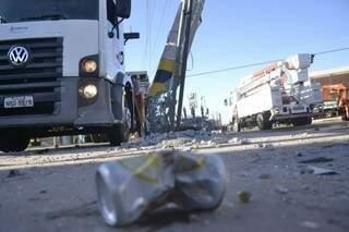 Acidente no cruzamento das ruas Ceará com Amazonas. (Foto: Cleber Gellio)