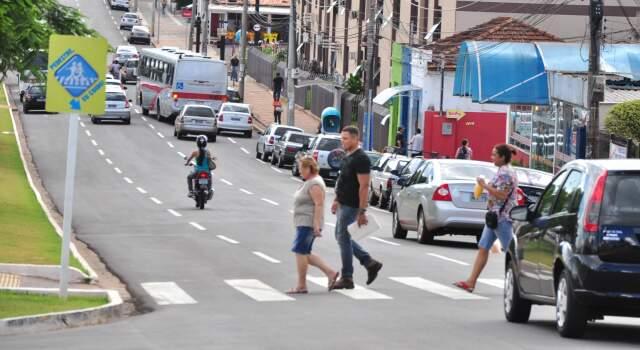 Até agora, 270 motoristas foram notificados por infrações relacionadas à faixa de pedestre. (Foto: João Garrigó)