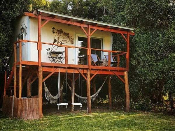 Casa na árvore em Colônia do Sacramento.