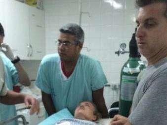 Boletim médico confirma fratura de vértebra de Luciano Huck em pouso forçado
