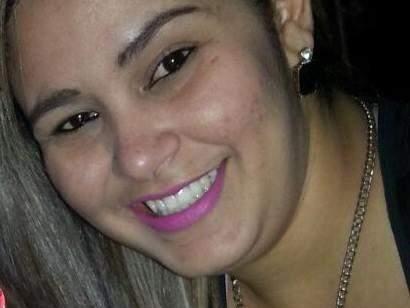 Enfermeiro indiciado por morte de Aline (foto) desviava  produtos de hospital em que trabalhava (Foto: Reprodução)