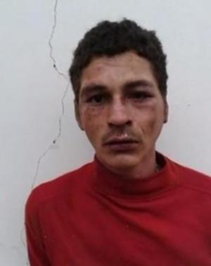 José Osmar Freitas, 27 anos, conhecido como Veinho, foi encontrado em uma fazenda (Foto: Reprodução)