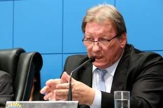 Presidente do TJ-MS, João Maria Lós, foi até a Assembleia explicar projetos propostos (Foto: Assessoria/ALMS)
