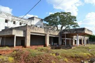 Projetado para abrigar hotel, prédio, nos altos da Avenida Afonso Pena, será sede da Advocacia-Geral da União (Foto: Arquivo)