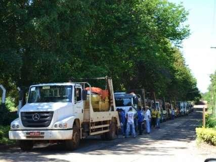 Caçambeiros cancelam protesto e aguardam reunião com prefeito