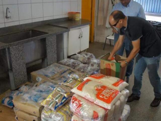 Prefeitura inicia entrega de alimentos em Ceinfs nesta quarta-feira (Foto: Divulgação/PMCG)