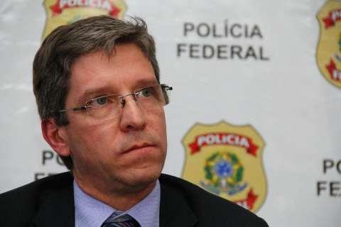 Polícia acha R$ 736,6 mil em notas de dólares e euros na casa de investigados