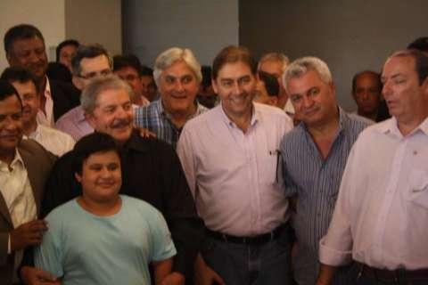 Tietagem para tirar fotos com Lula agita Fiems; isolado, até Bernal foi atrás