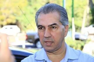 Governador Reinaldo Azambuja decide manter direito de administrativos em participar de eleições. (Foto:Marcos Ermínio)
