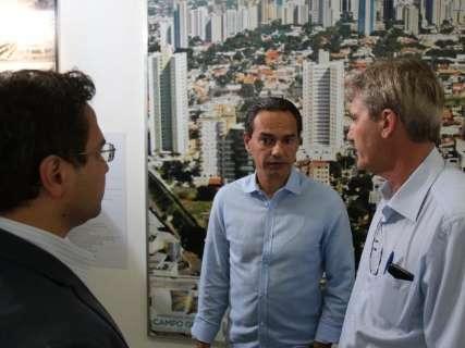 Redução na estrutura vai trazer economia de R$ 8 milhões, diz prefeito