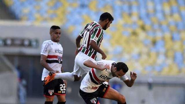Com gol aos 43 minutos do 2º tempo, Fluminense empata com São Paulo