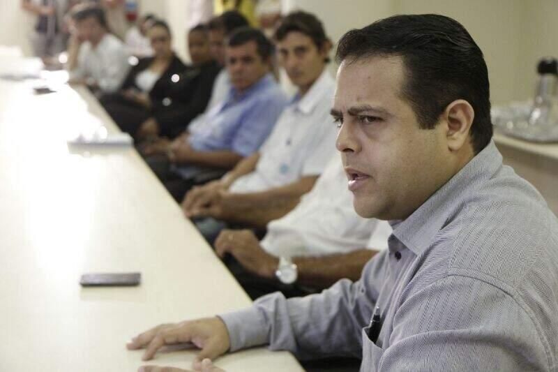 Secretário diz que comissão será criada para discutir o assunto (Foto: Cleber Gellio)