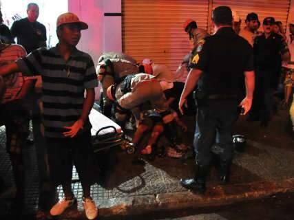 Dupla que atirou em quatro e matou um foi motivada por vingança