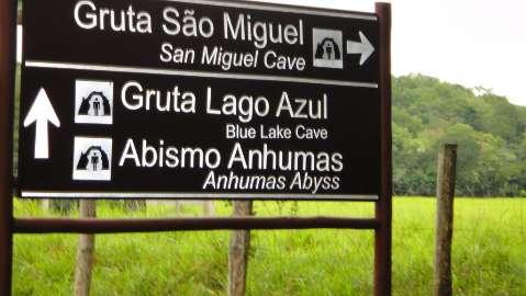 Abismo Anhumas, um convite para os turistas aventureiros em Bonito