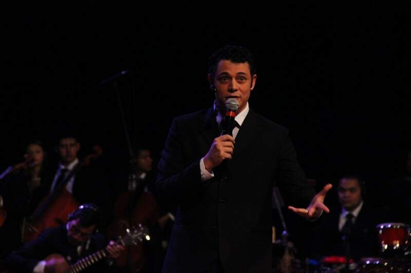 Heverton se emocionou durante a abertura da gravação da cantora Delinha (Foto: Fernando Antunes)