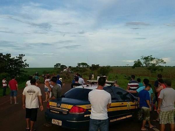 Rodovia foi liberada após manifestação de indígenas (Foto: Divulgação/PRF)