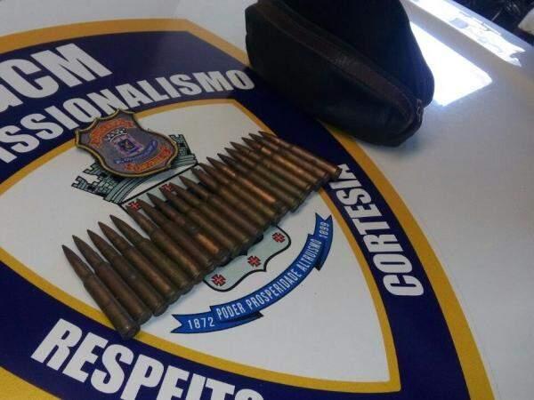 As munições são de armamentos usados em guerra. (Foto: Divulgação Guarda Municipal)