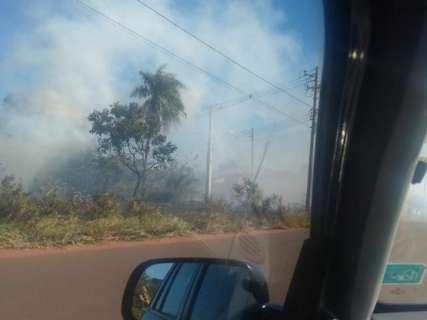 Moradores denunciam dois incêndios na avenida Três Barras em menos de 24h