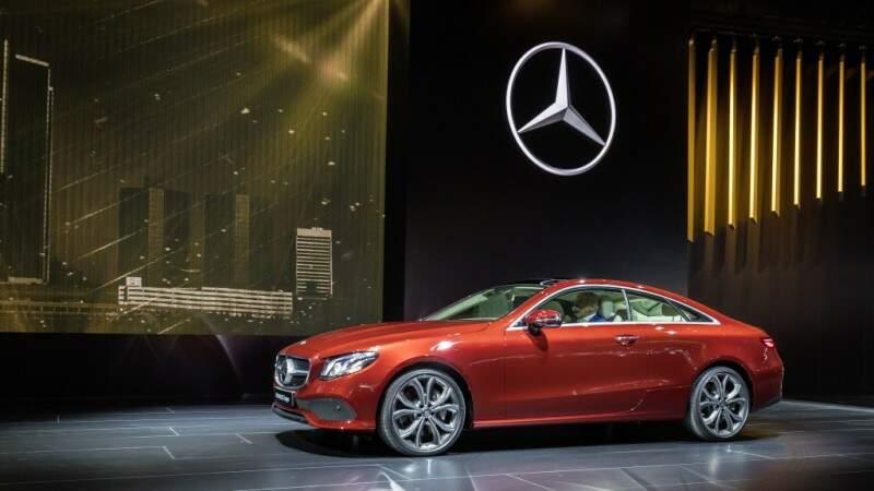 Mercedes-Benz mostra lançamentos 2017 durante Salão de Detroit
