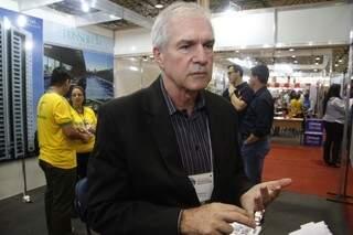 """Empresas estão """"loucas para vender"""", segundo presidente do Secovi/MS, Marcos Augusto Netto (Foto: Marcelo Vitor)"""