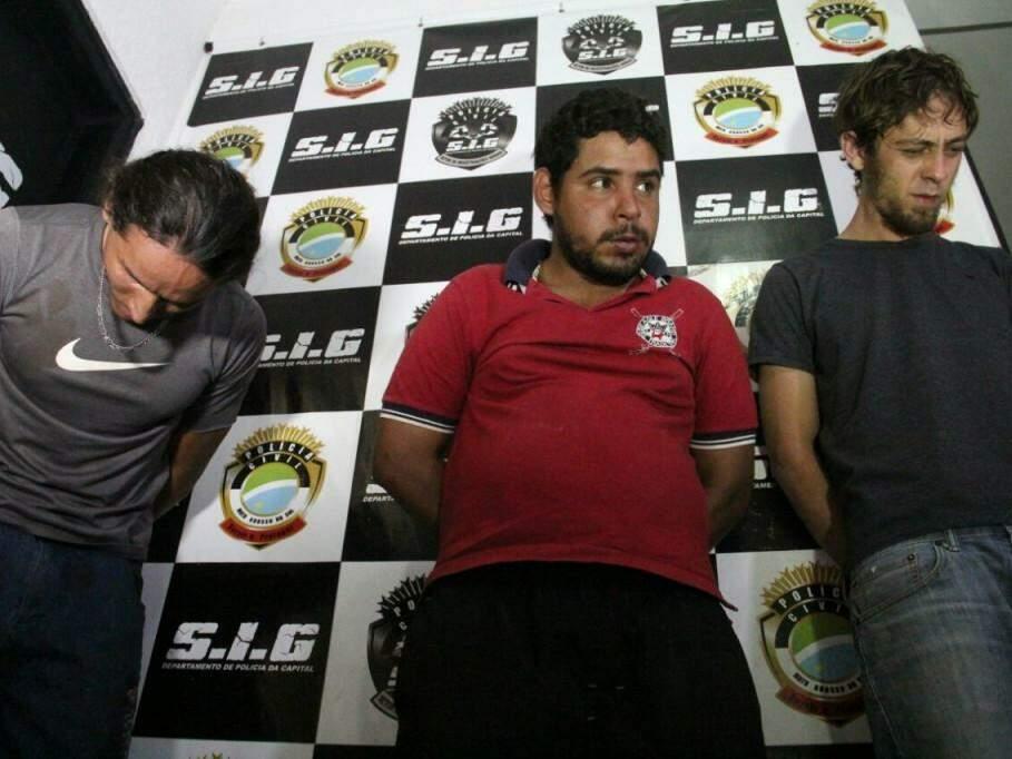 Anderson, Ronaldo e Luis Alberto, presos pela polícia. (Foto: Marcos Ermínio)