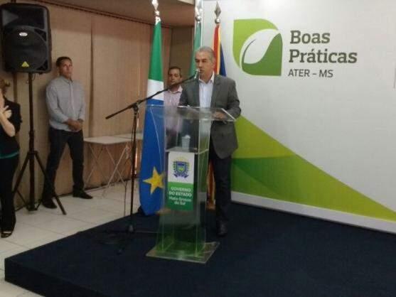Governador Reinaldo Azambuja (PSDB) comentou sobre Aquário, parceria com prefeitos e Caravana da Saúde. (Foto: Leonardo Rocha/Arquivo)