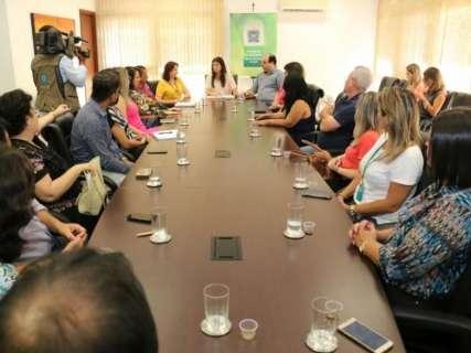 Coordenadores de educação se reúnem com Rose e assumem 12 regionais