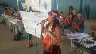 Índios fazem relatos a deputados brasileiros e europeus (Foto: Divulgação)