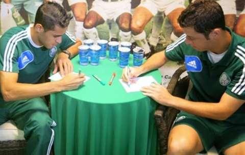 Verdão treina no Morenão nesta 6ª e dá autógrafos em Shopping à tarde