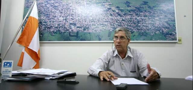 Prefeito André Alves Fereira explica que precisou até mudar o horário do funcionamento das creches para que as mães pudessem trabalhar nas fábricas.
