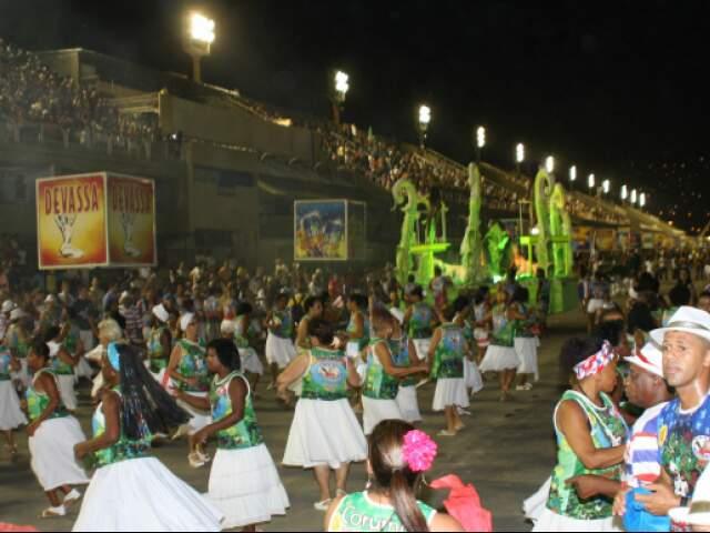 Previsão é que a agremiação entre na Marquês de Sapucaí às 22h30.(Foto: Ary Delgado/Jornal SRZD)