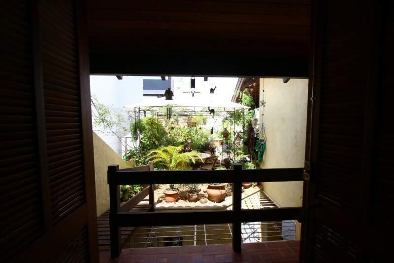 Vista da varanda para a parte preferida da casa. (Foto: André Bittar)