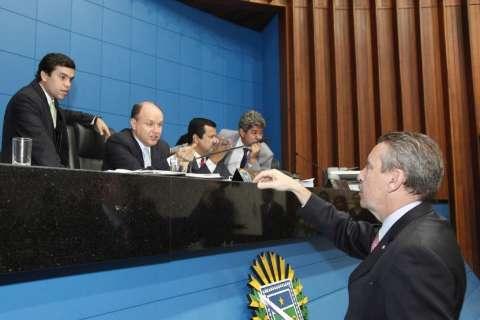 Deputados aprovam os projetos de ajuste fiscal do governo estadual