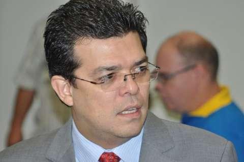 Prefeitura faz acordo com Ministério Público para demitir comissionados
