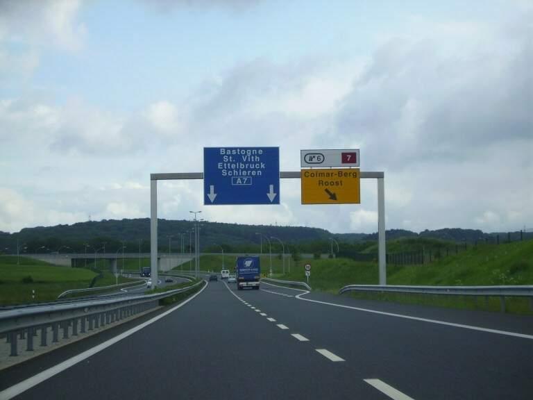 Perfeição: Rodovia A7 que liga Luxemburgo ao extremo norte até a fronteira com a Bélgica. É a Route du Nord.