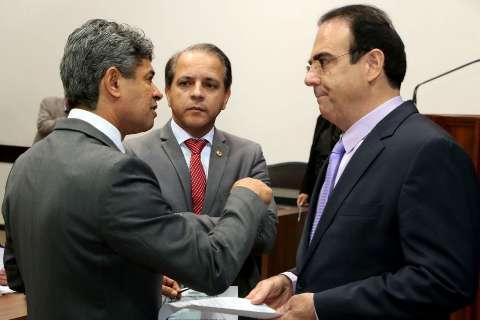 Líder do governo vai pedir regime de urgência para votação de Refis