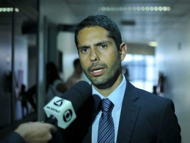 Promotor  Marcos Alex Vera de Oliveira, representante do MPE-MS. (Foto: Alcides Neto)