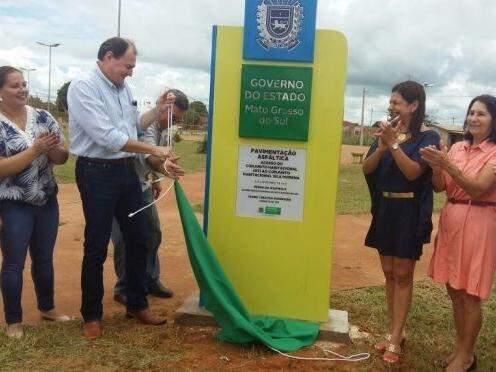 Secretário Marcelo Miglioli inaugurou as obras na cidade hoje (Foto: Divulgação)