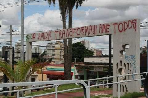 Comissão organiza audiência pública para sanar pichações na Capital