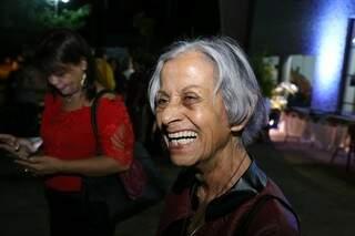 Aos 78 anos, Shirley fez questão de ir prestigiar o coral (Foto: Paulo Francis)
