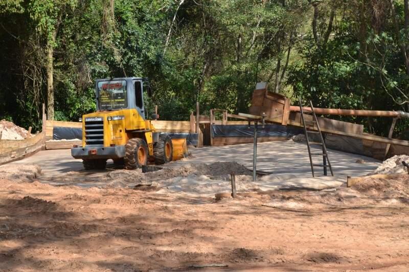 Segundo funcionários foram retirados cerca de 1.500 m³ de areia. O Imasul não confirma a informação. (Foto: Adriano Fernandes)