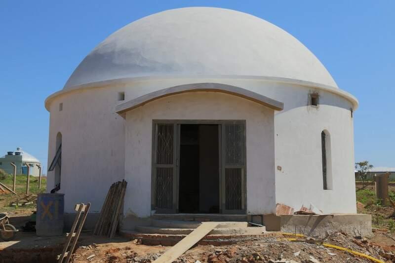 Para erguer uma casa neste formato é gasto em torno de R$ 40 mil