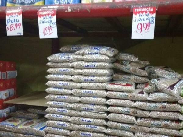 Preço do feijão passou dos R$ 10 no ano. (Foto: Fernanda Yafusso/Arquivo)