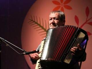 Dino Rocha é uma das atrações da festa que começa dia 21. (Foto: divulgação)